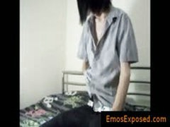 Gay Emo Growing His Dick For Webcam By Emosexposed